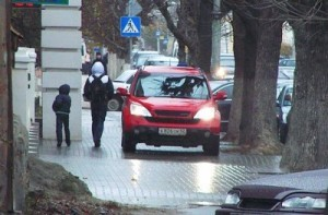 Штраф за езду по тротуару и в каком случае можно ездить