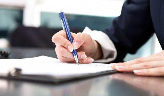 В каком случае лицензирующие органы могут приостановить действие лицензии