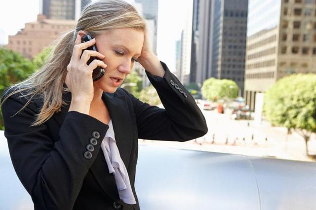 Как вызвать эвакуатор при поломке своего автомобиля или нарушении ПДД другими водителями