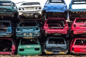 Утилизация автомобилей: программы, условия и порядок процедуры