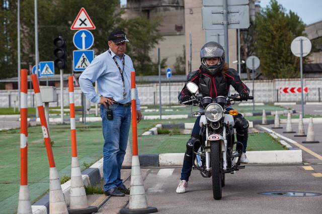 Права на мотоцикл: как получить и что для этого нужно