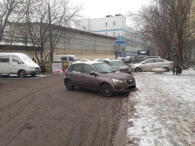 Эвакуировали машину: куда звонить и как забрать автомобиль