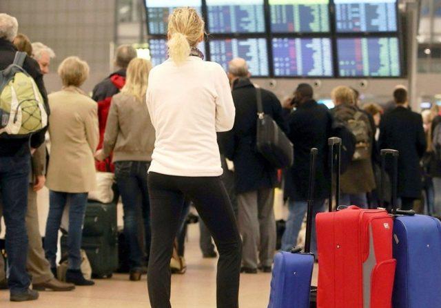 Претензия туроператору за задержку рейса: образец заявления
