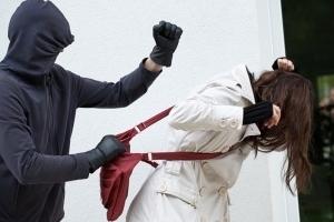 Грабеж - статья 161 УК РФ : состав преступления, особенности квалификации и ответственность