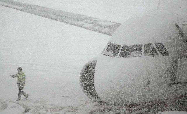Права пассажиров при задержке авиарейса: что можно требовать