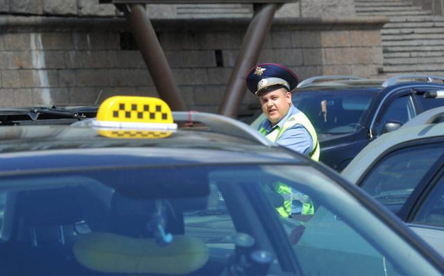 Работа в такси без лицензии и штраф за нелегальную перевозку пассажиров