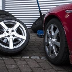 Штраф за разную резину на осях автомобиля