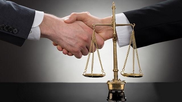 Перевод долга и уступка права требования: разница в договорах