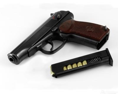 Нужна ли лицензия на газовый пистолет и как её получить