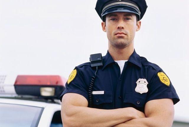 Куда жаловаться на участкового полиции: основания для подачи жалобы и составление заявления