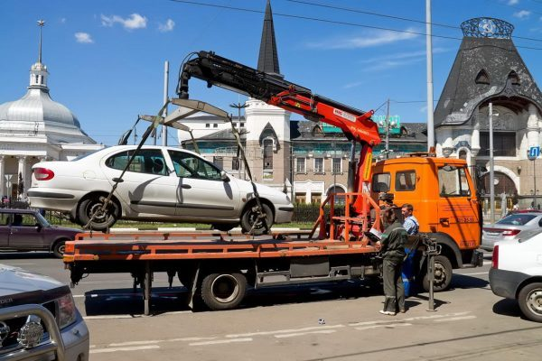 Что делать если автомобиль забрали на штрафстоянку