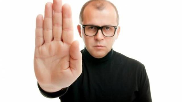 Как избавиться от звонков коллекторов если долг не мой, а они не прекращают звонить