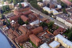 Чем отличается тюрьма от зоны или колонии - главные особенности