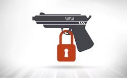 Наследование оружия после смерти держателя: нюансы передачи прав и оценка предмета