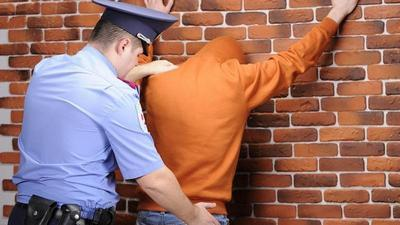 Задержание подозреваемых в уголовном процессе: порядок, права задержанных, составление протокола и сроки