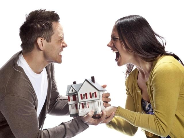 Что такое договорный режим имущества супругов и чем он отличается от законного