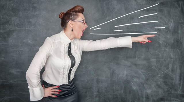 Имеет ли право учитель кричать на ученика: что говорит закон и как поступать родителям