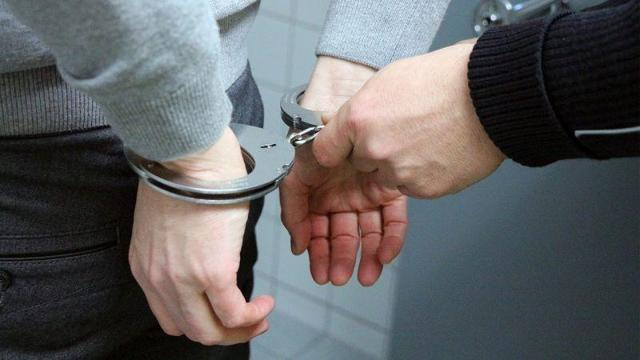 Допрос подозреваемого в УПК РФ: основания и особенности проведения, тактики и защита прав
