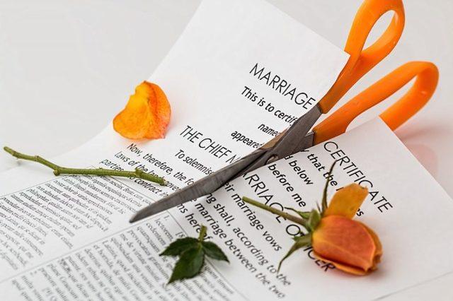 Признание брачного договора недействительным по статье 44 СК РФ: основания, особенности и порядок процедуры