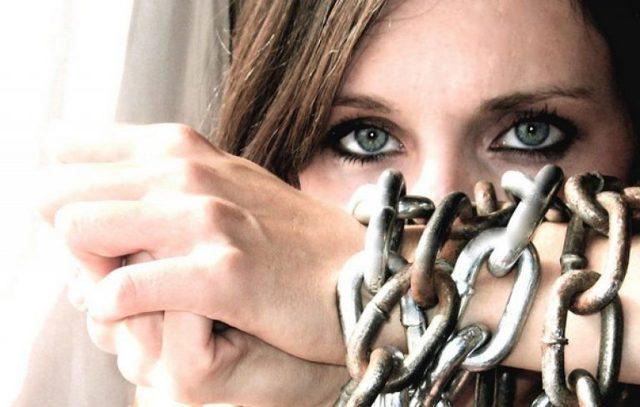 Торговля людьми - ответственность по статье 127.1 УК РФ и методы борьбы в России