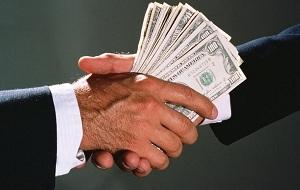 Отличие коммерческого подкупа от взятки: понятия, составы преступлений и ответственность