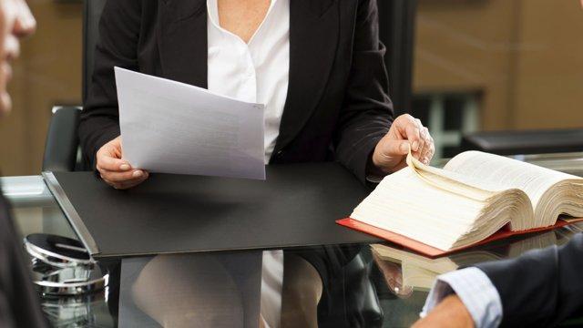 Подделка подписи: наказание по статье 327 УК РФ и можно ли доказать невиновность